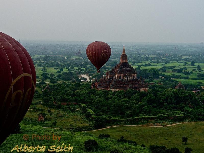 Balloons over a Bagan Temples