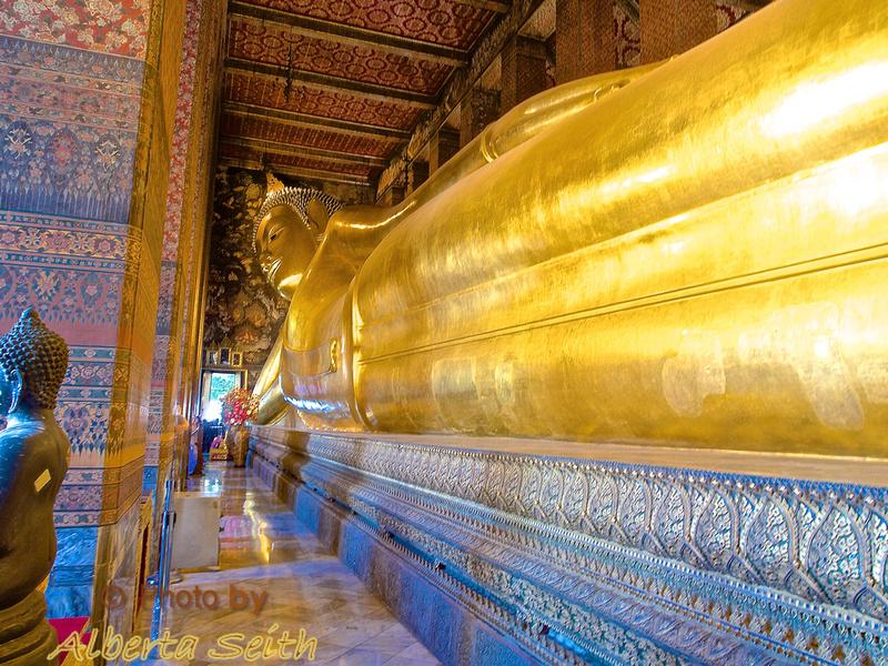The Reclining Buddha-Bangkok