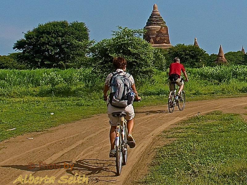 Biking Bagan
